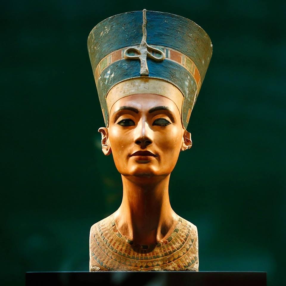 Nefertti